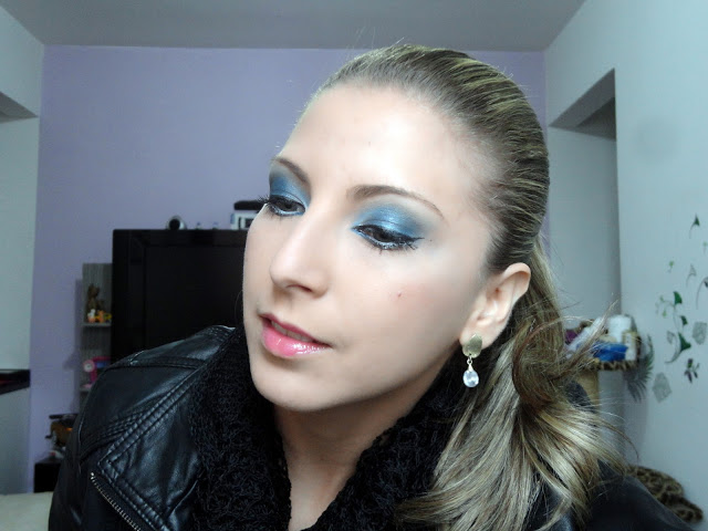 Tutorial- Make azul e branca